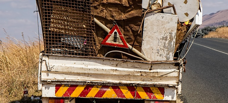 truck with junk