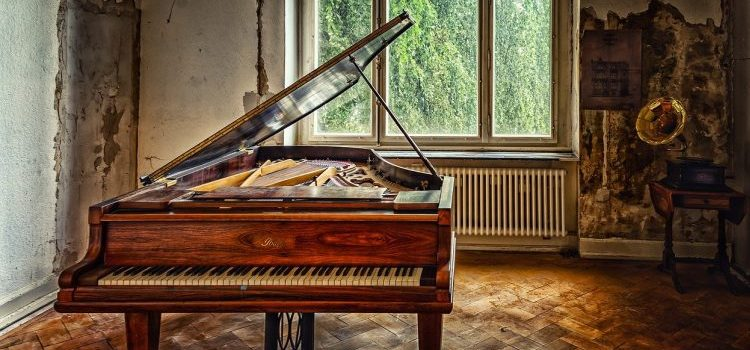 Challenges of moving fine art and piano from the old house